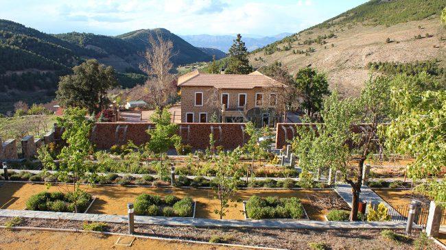 Las Menas Mining Town