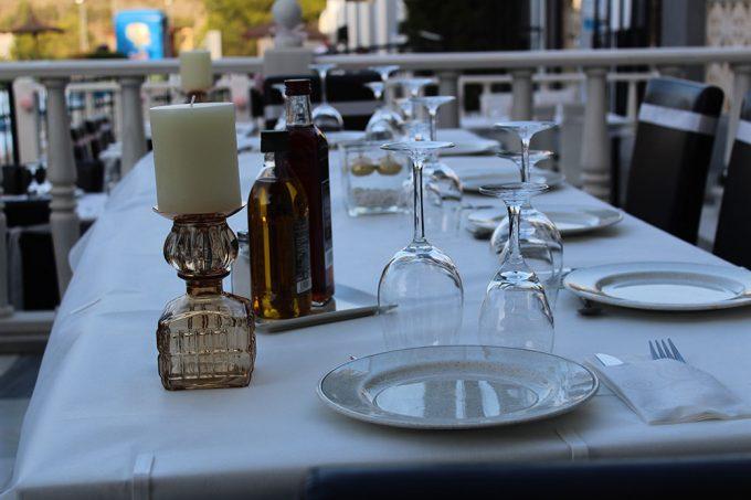 Las Piscinas Restaurant