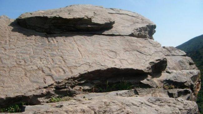 Ruta por Chercos Viejo, la Piedra Labrá y Lijar